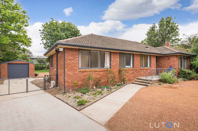 13 Stow Place, Watson ACT 2602