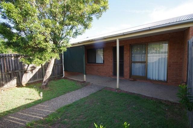 2/296 Redbank Plains Road, Bellbird Park QLD 4300