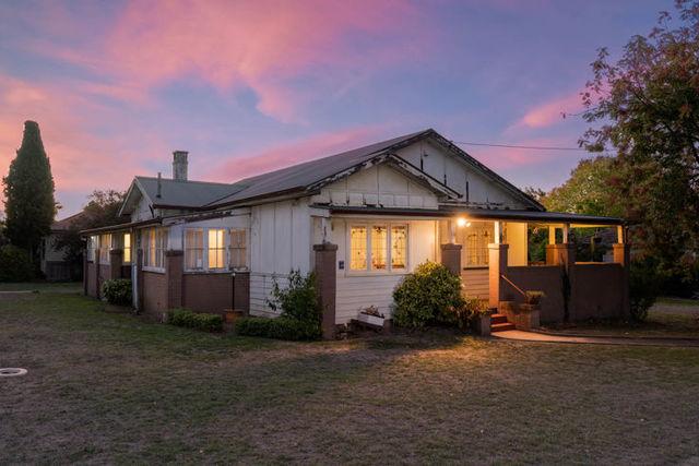 182 Allingham Street, NSW 2350