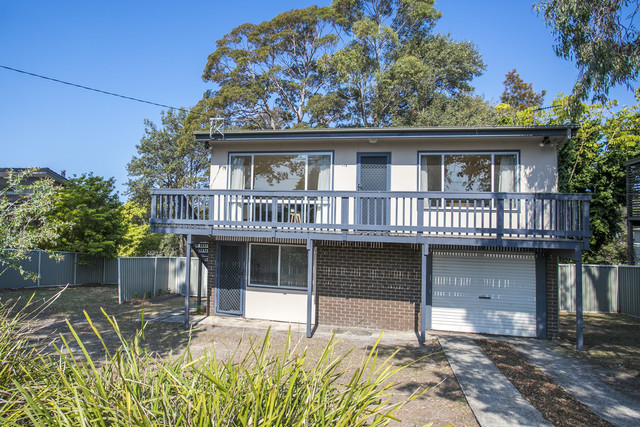 178 Matron Porter Drive, Mollymook NSW 2539
