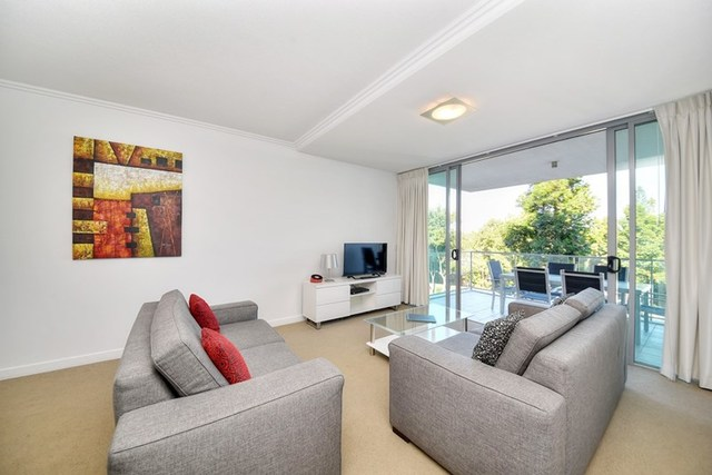 2201/33 T E Peters, Broadbeach Waters QLD 4218