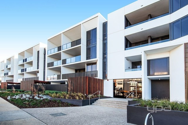 212/33 Quay Boulevard, Werribee South VIC 3030