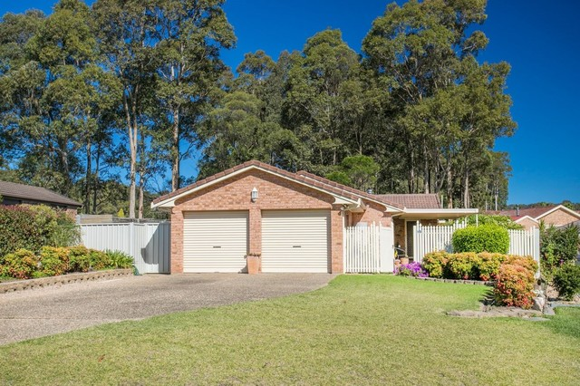 15 Sunshine Bay Road, NSW 2536