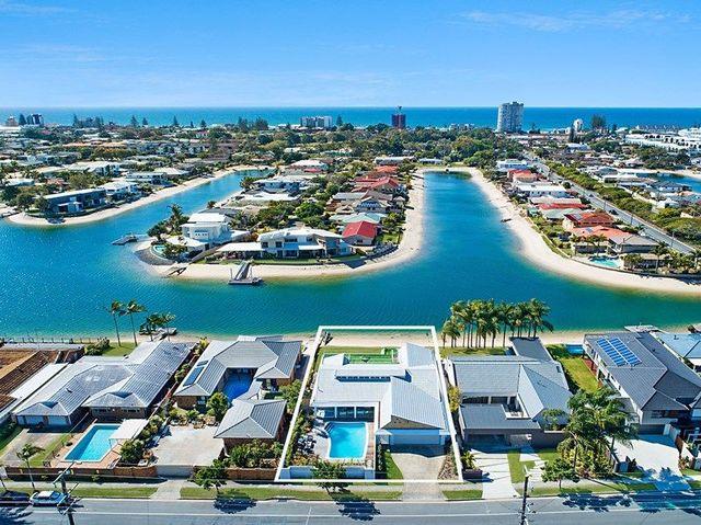 116 Mallawa Drive, Palm Beach QLD 4221