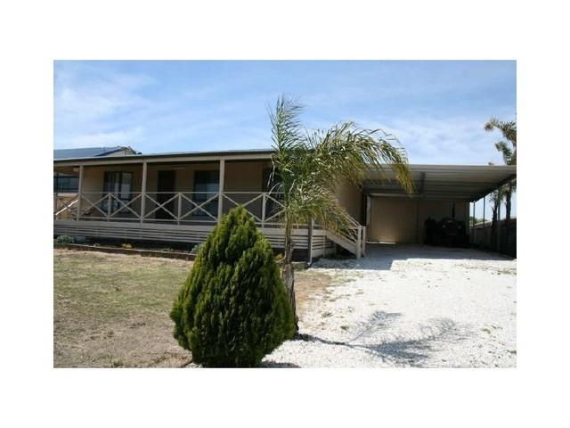 32 Mesnil Drive, Clinton SA 5570
