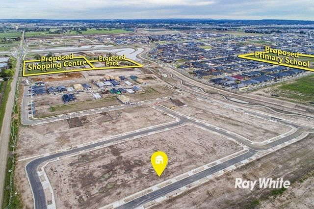 Lot 1727, 39 Walhallow Drive, Clyde North VIC 3978
