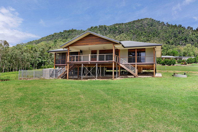9 Mount Marlow Rise, QLD 4800