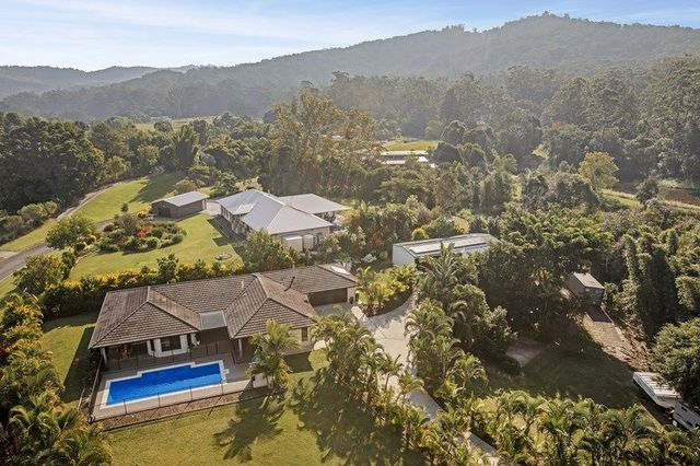 32 Rainforest Place, Diamond Valley QLD 4553