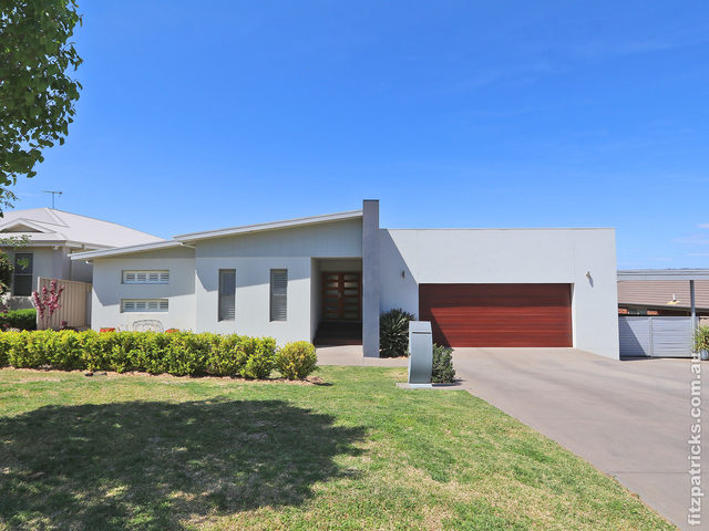 22 Brindabella Drive, Tatton NSW 2650