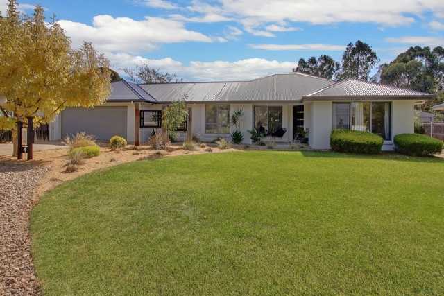 4 Rutledge St, Bungendore NSW 2621