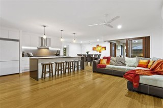14 Lyrebird Crescent