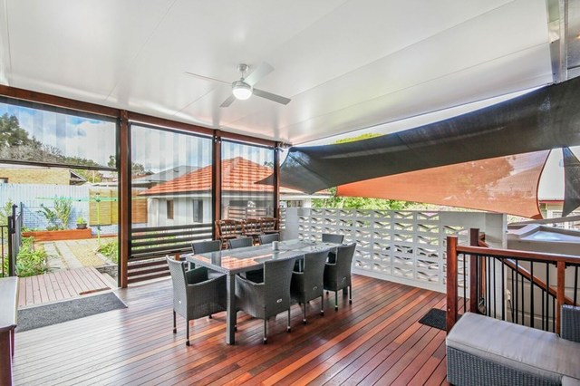 124 Marshall Road, Holland Park West QLD 4121