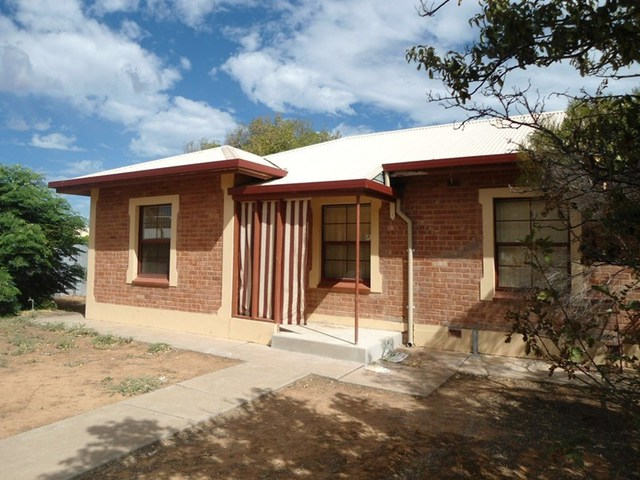 24 Hutchinson Street, Port Pirie SA 5540
