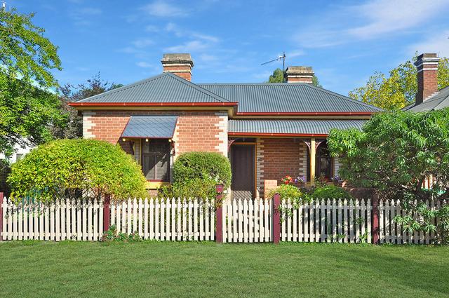 67 Bant Street, South Bathurst NSW 2795