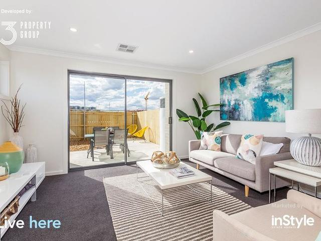 17/33 Woodberry Avenue, Coombs ACT 2611