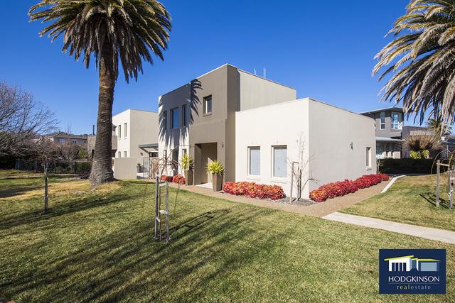 6/27 Lakeview Gardens, Jerrabomberra NSW 2619