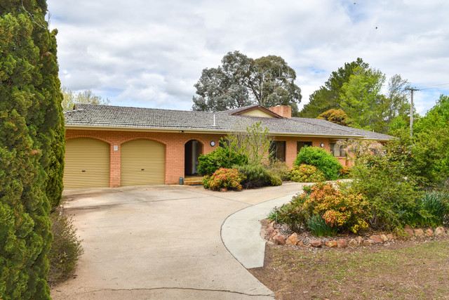 171 Fleming Drive, Laffing Waters NSW 2795