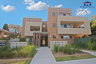 3/5 Fig Tree Ave
