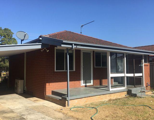 30 Dorothy Avenue, Woy Woy NSW 2256