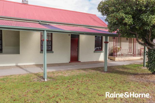 84A Piper Street, Bathurst NSW 2795