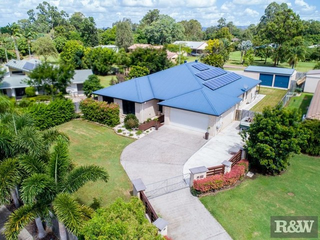 27 Dear Place, Bellmere QLD 4510
