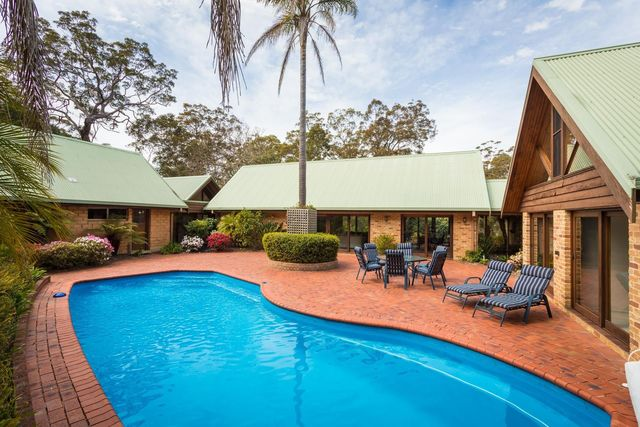 362 Sapphire Coast Drive, Tura Beach NSW 2548