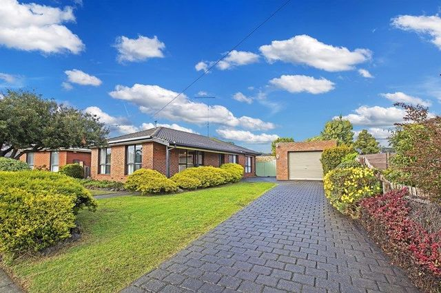 29 Greenville Drive, Grovedale VIC 3216