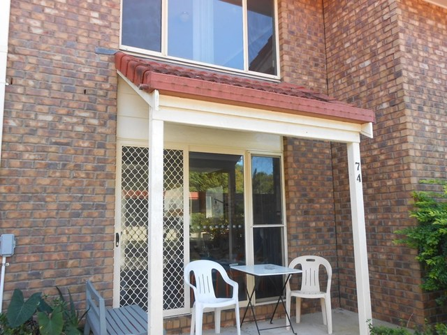 (no street name provided), Hillcrest QLD 4118