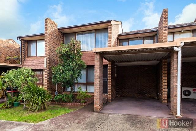 10/100 Hoxton Park Road, Lurnea NSW 2170