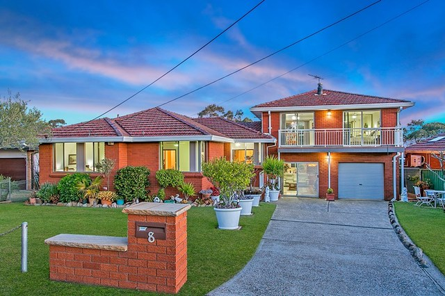 8 Ayres Crescent, Georges Hall NSW 2198