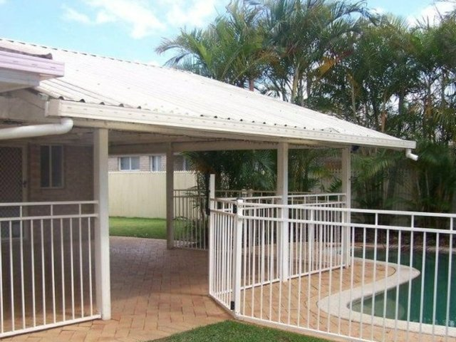 62 Clive Road, Birkdale QLD 4159