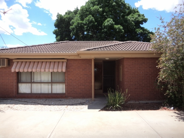 2/123 McCallum Street, Swan Hill VIC 3585