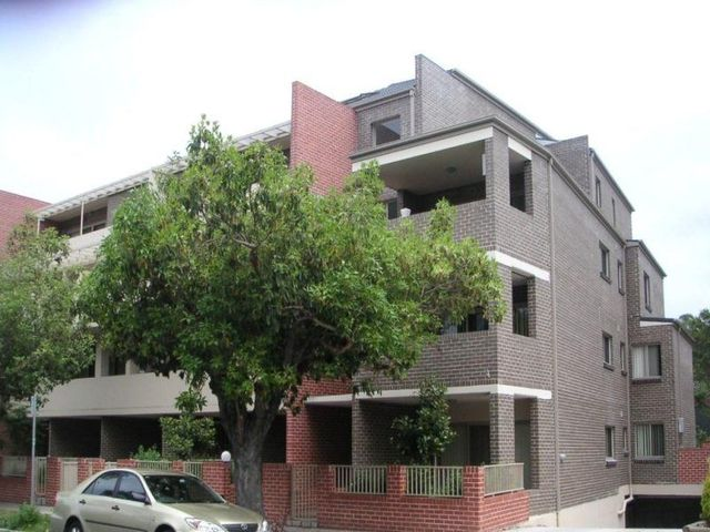 1/6-8 The Crescent, NSW 2140