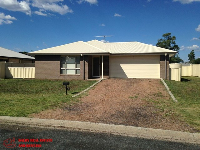 6 Dakota Place, Dalby QLD 4405