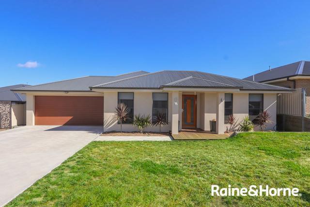 16 Amber Close, Kelso NSW 2795