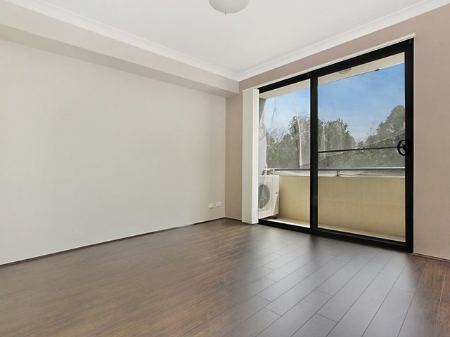 22/32-34 Mons Rd, Westmead NSW 2145