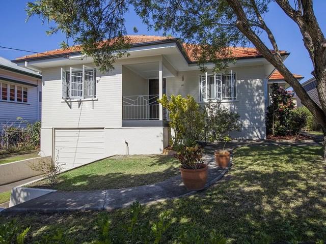 86 Sterculia Avenue, Holland Park West QLD 4121