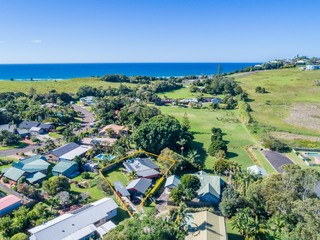5 Bombora Place Lennox Head NSW 2478