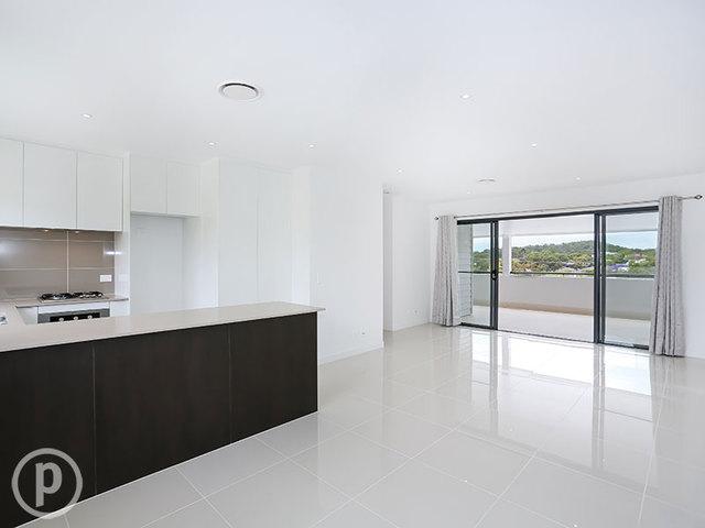 4/8 Pitari Lane, Seven Hills QLD 4170