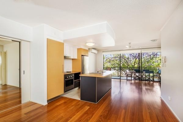 15 Goodwin Street, Kangaroo Point QLD 4169