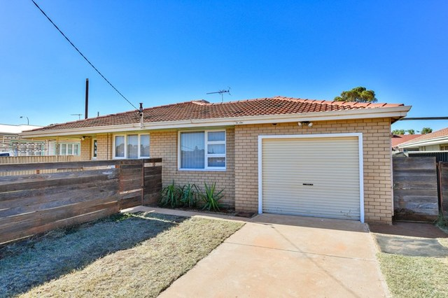 35 Belgravia Place, South Kalgoorlie WA 6430