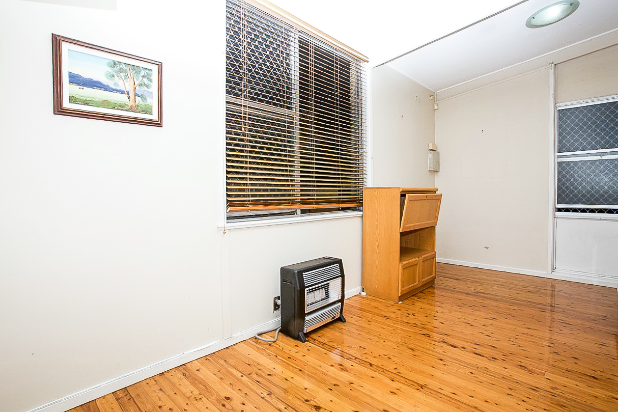 323 Pennant Hills Road, Pennant Hills NSW 2120 - House for