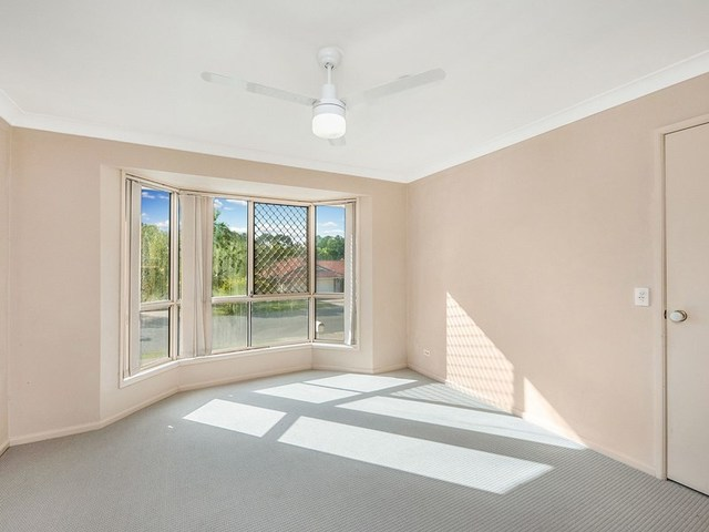 41 Lakeside Cr, Forest Lake QLD 4078
