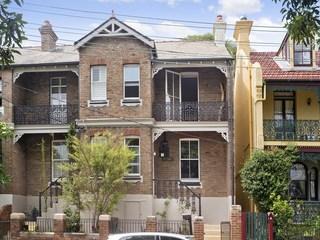 12 Fitzroy Avenue