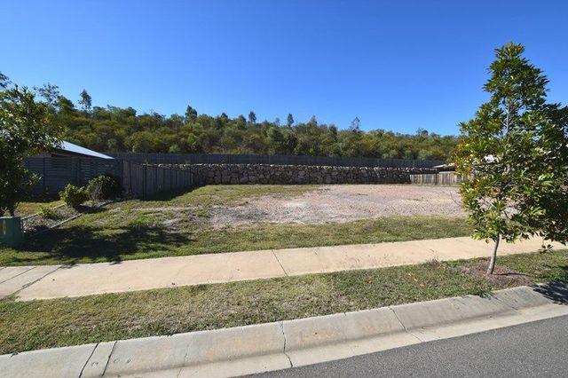 15 Tulipwood Circuit, Boyne Island QLD 4680