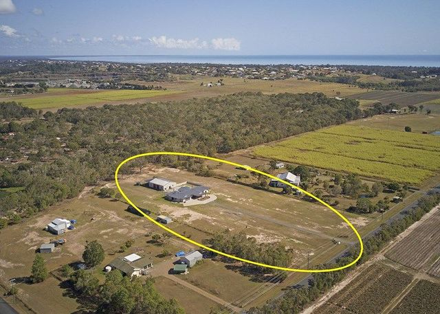 561 Dundowran Road, Dundowran QLD 4655