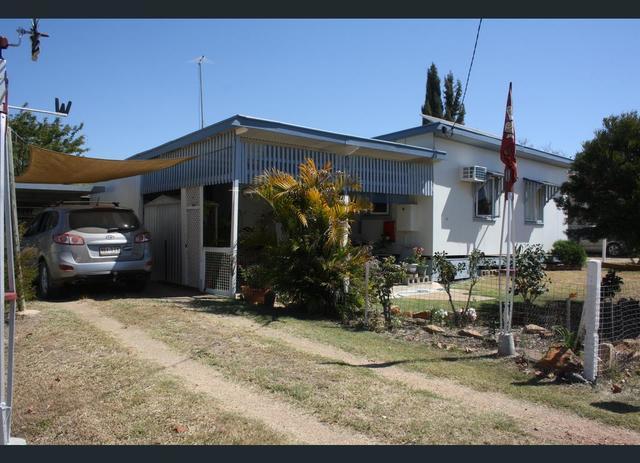 22 Leichhardt Street, Mundubbera QLD 4626