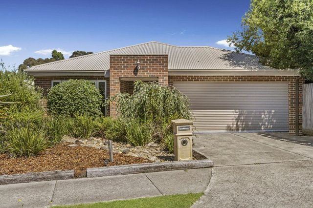 9 Alan Drive, Wallan VIC 3756
