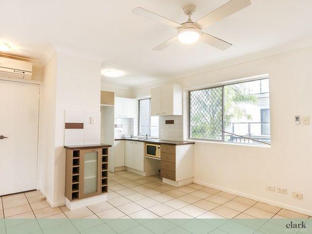 5/15 Nieppe Street, Kedron QLD 4031