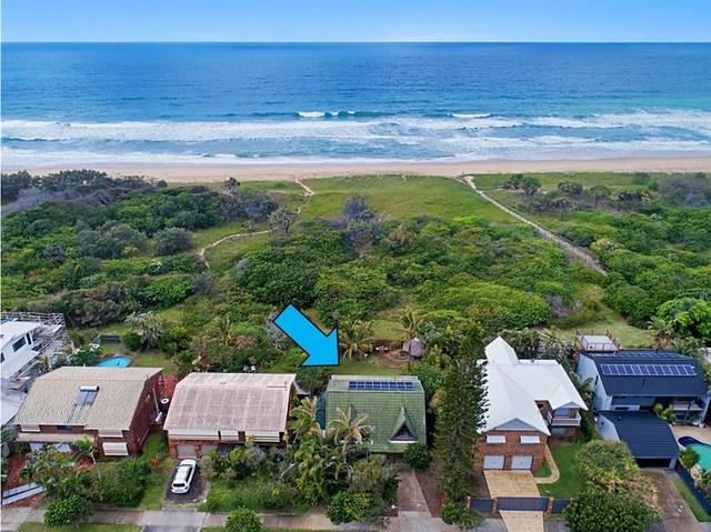 9 Oceanic Drive, Warana QLD 4575